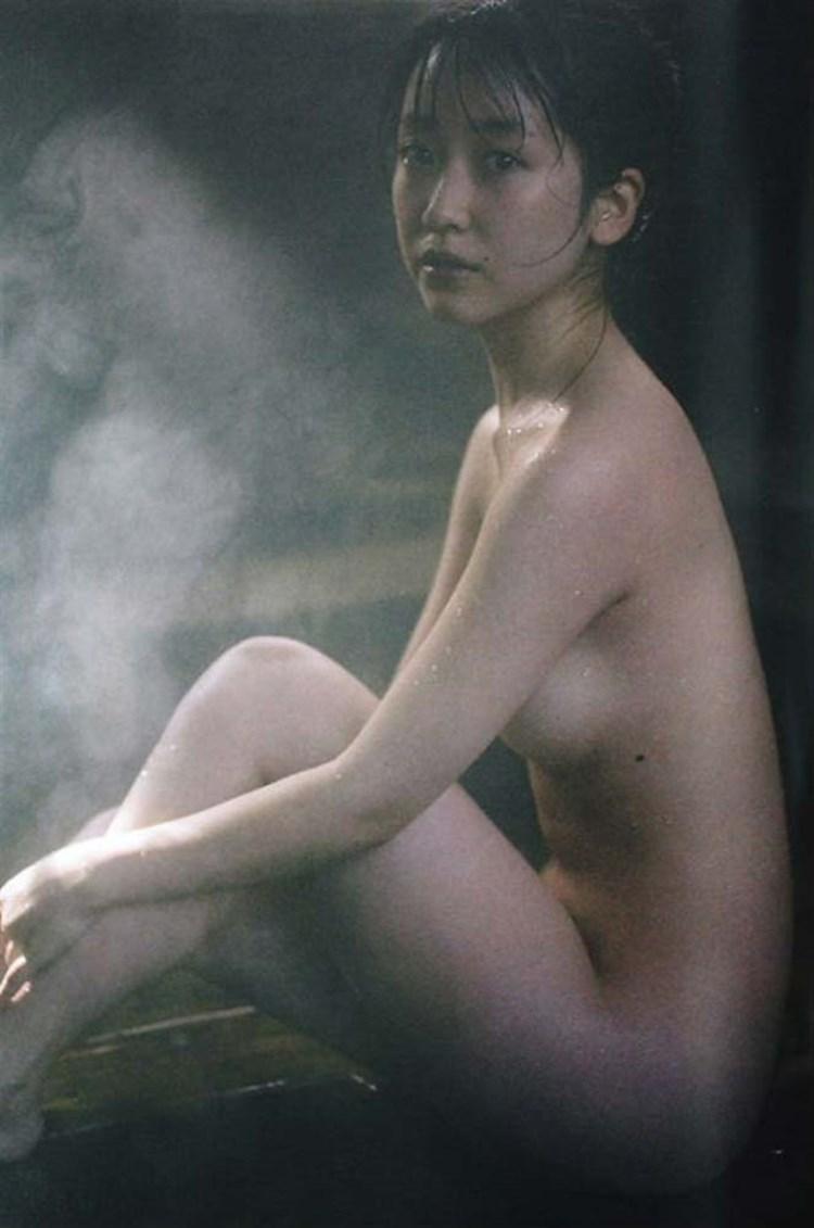 黒川智花のエロおっぱい画像