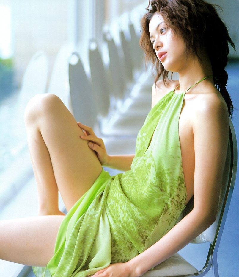 黒谷友香のエロ画像