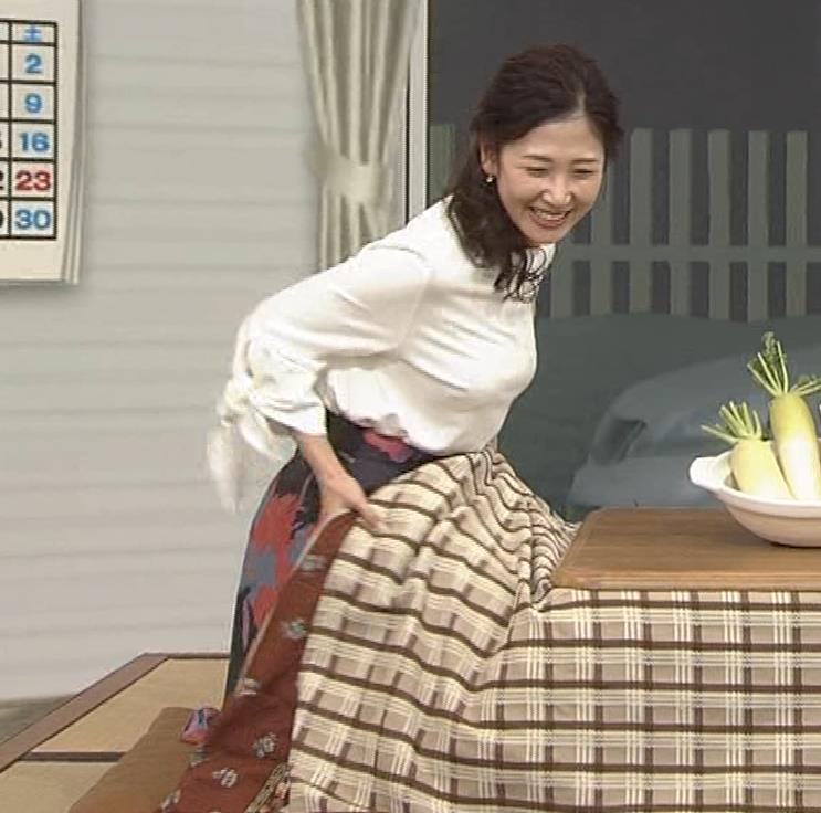 桑子真帆モロにパンチラや放送事故画像