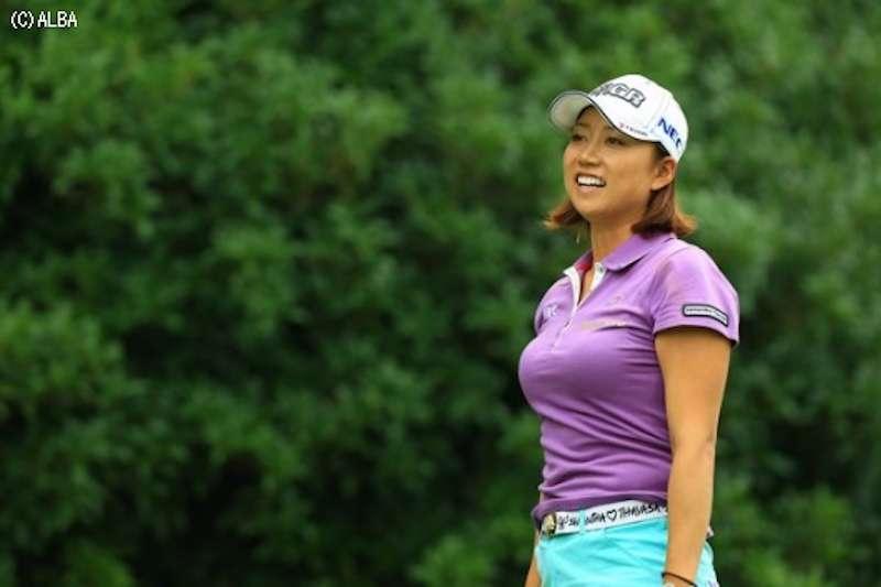 女子ゴルフの巨乳アスリートアスリートのエロ画像