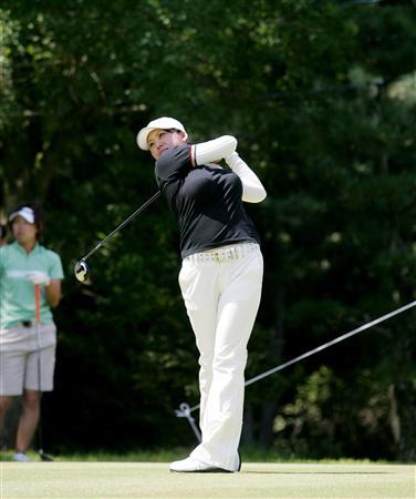 新井麻衣ゴルフのエロ画像