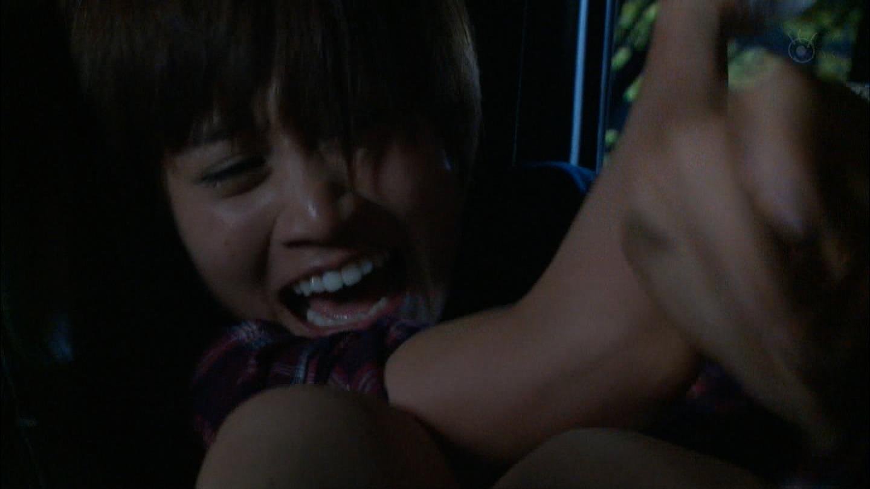 前田敦子モロにマンスジやハミマンエロGIF画像