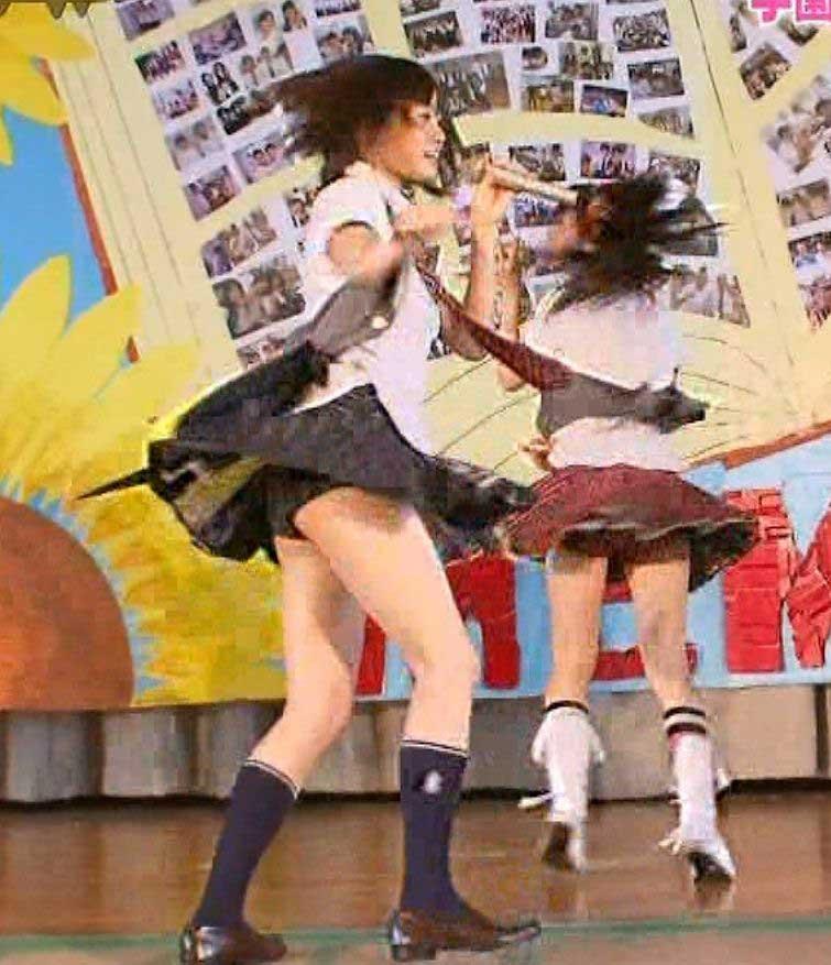 前田敦子のエロおっぱい画像