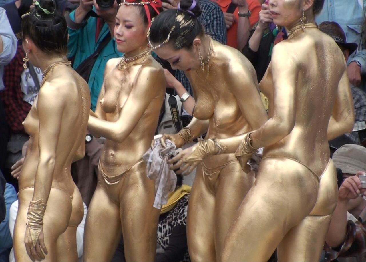 金粉祭りのエロ画像