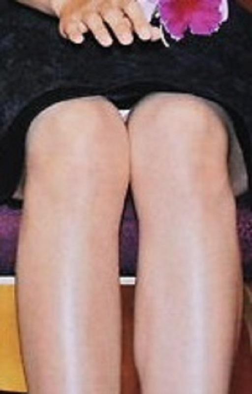 松下奈緒 のパンチラエロ画像