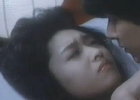 三原じゅん子の乳首ポロリ画像