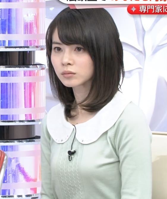 皆川玲奈のパンモロエロ画像