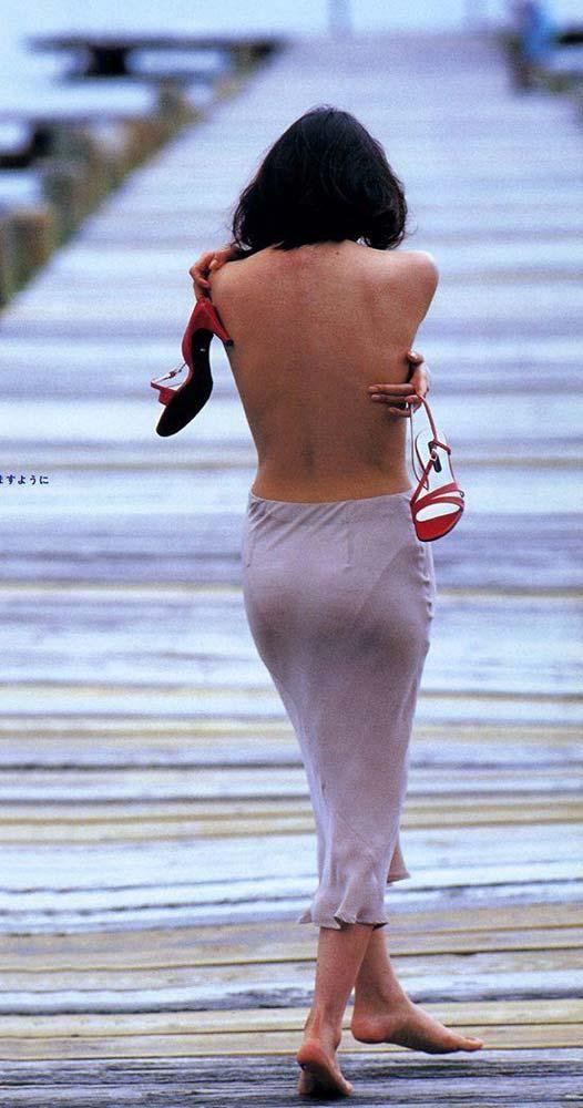 水野美紀のお宝エロ画像