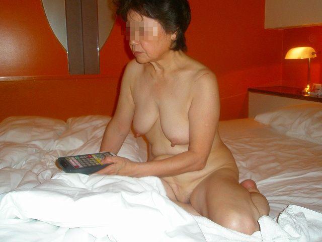 60代(六十路)熟女のAVアダルト画像