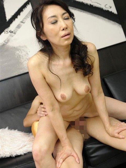 60代(六十路)熟女のお宝マンコ画像