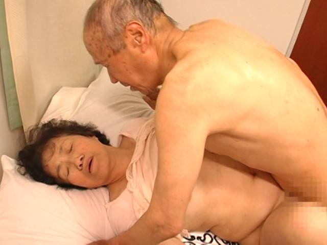 60代(六十路)熟女のアイコラ