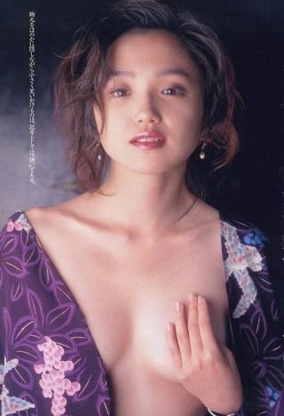 永作博美の乳首ポロリ画像