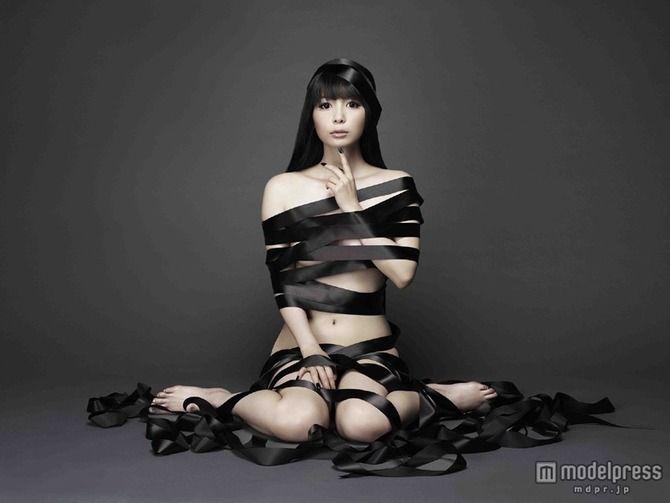 中川翔子のパンチラノーブラなエロ画像が抜ける