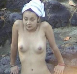 中越典子のおっぱいエロ画像