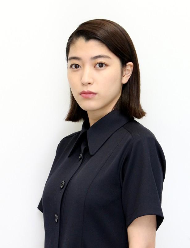 成海璃子モロにパンチラや放送事故画像