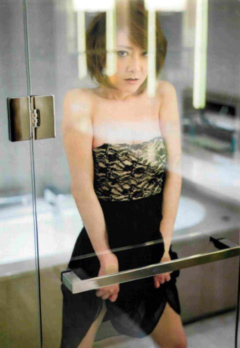 西川史子モロにマンスジやハミマンエロGIF画像