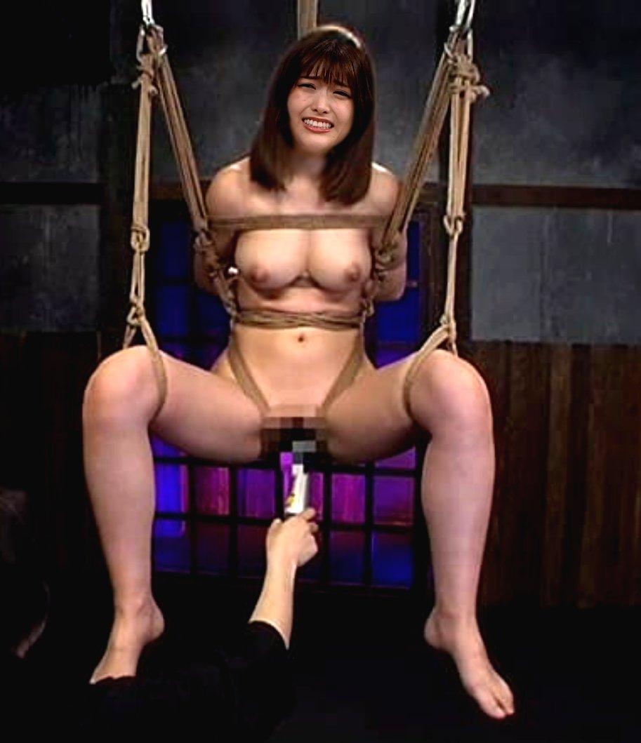 乃木坂(松村沙友里)の全裸ヌードで露出画像