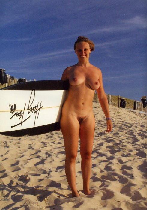 サーフィン全裸のエロ画像