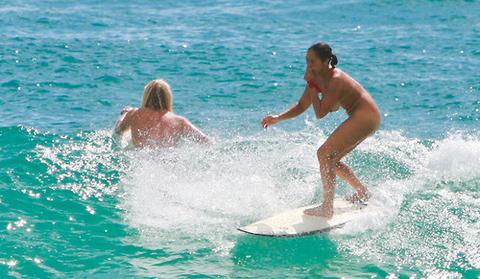 サーフィン全裸のエロGIFでマンコエロ