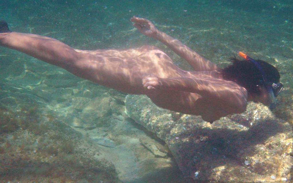全裸マリンスポーツのお宝アイコラ画像