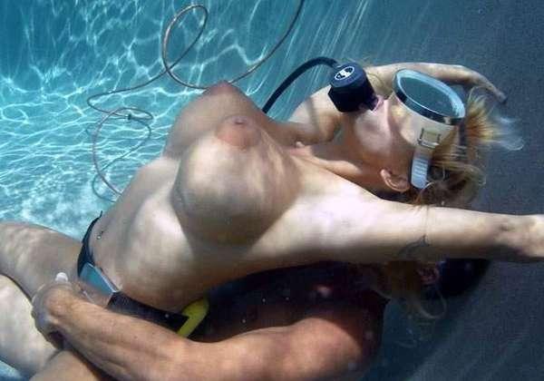 全裸マリンスポーツモロにマンスジやハミマンエロGIF画像