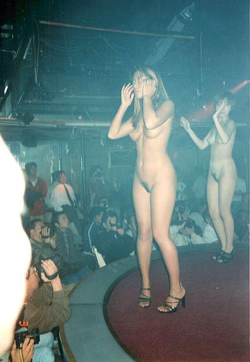 ヌード撮影会の無修正エロ画像