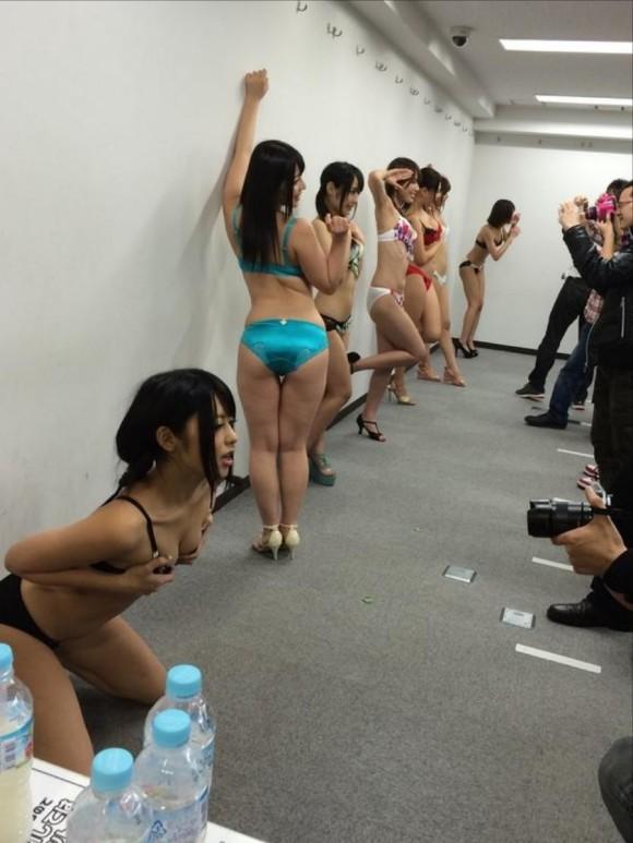 ヌード撮影会の流出エロ画像