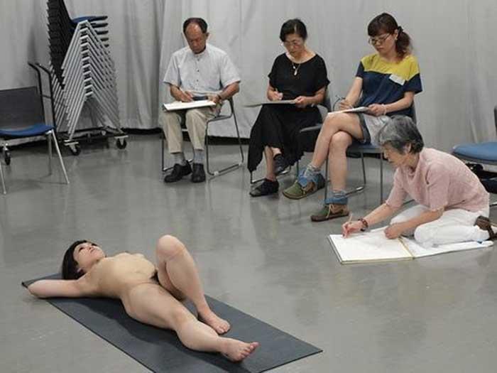 ヌード撮影会のお宝マンコ画像