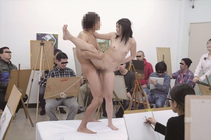 ヌード撮影会の中出しエロ画像