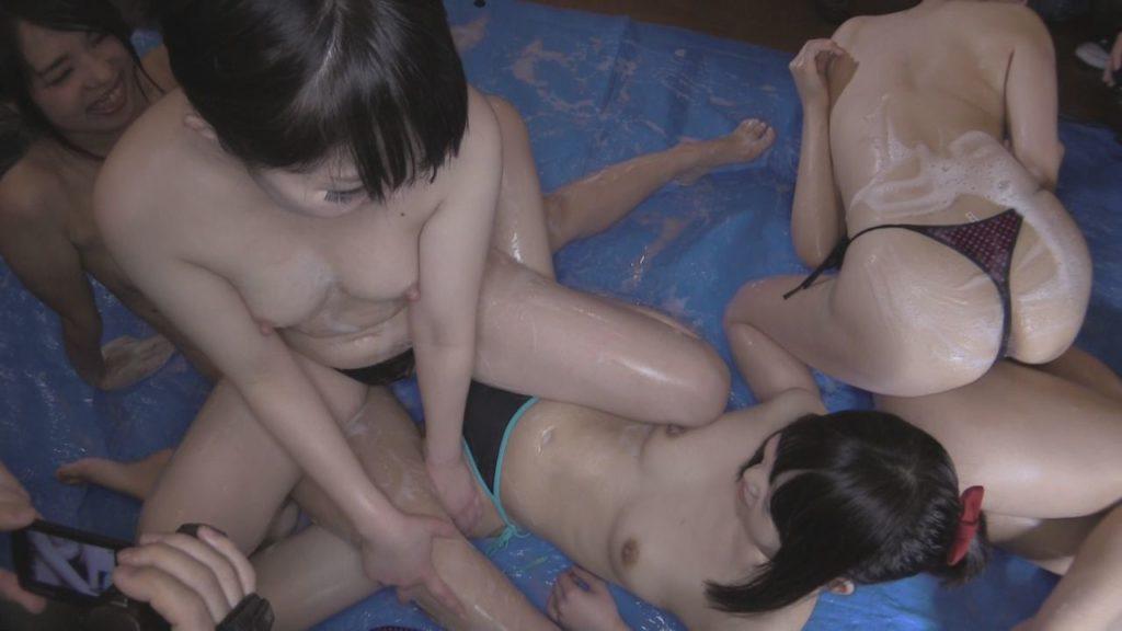 ヌード撮影会のアイコラ