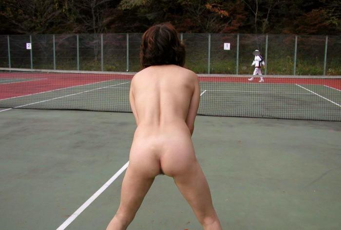 全裸スポーツのおっぱい乳揉みエロ画像