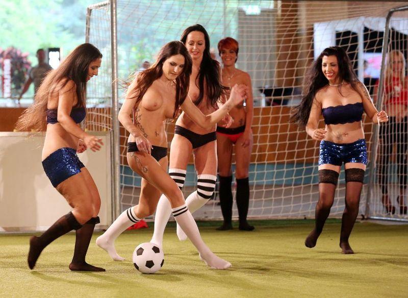 全裸スポーツのパンモロエロ画像