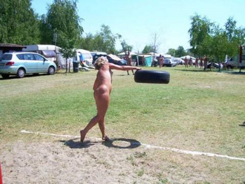 全裸フェンシングのお宝エロ画像