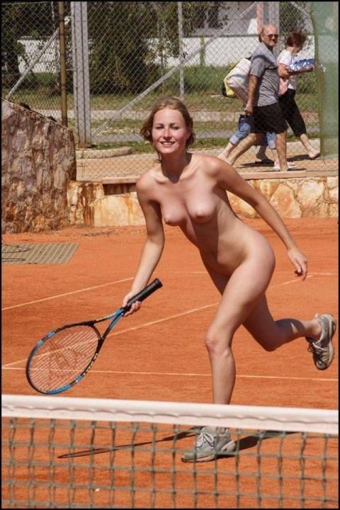 全裸スポーツ放送事故