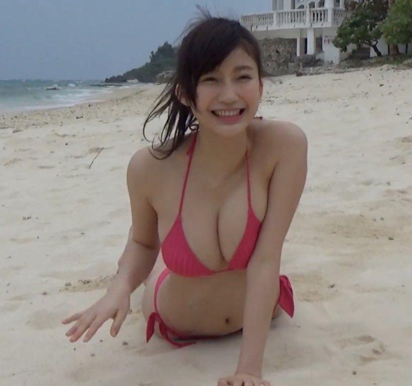 小倉優香のヌード乳首エロ画像