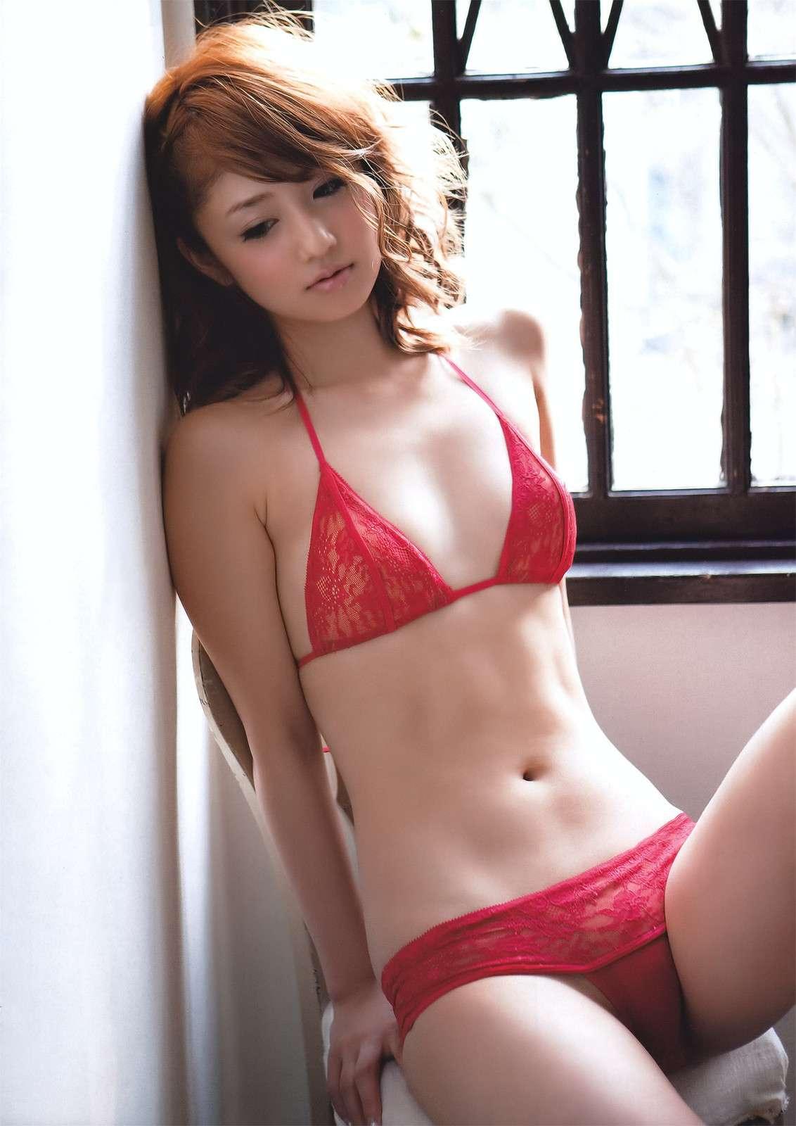 小倉優子のAVエロ画像