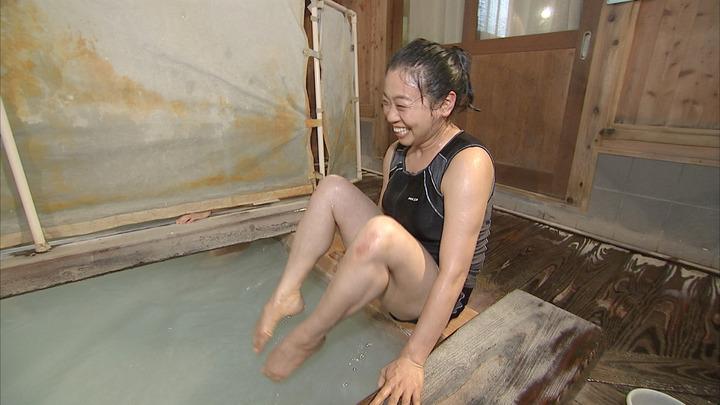女芸人のセックスの濡れ場画像