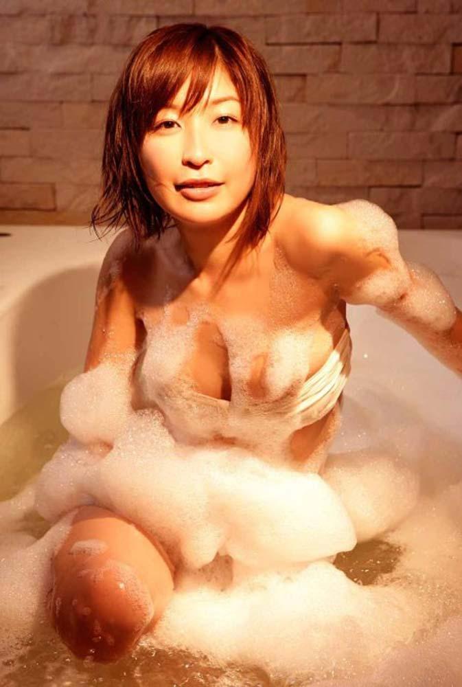 小野真弓のお宝セクシーエロ画像