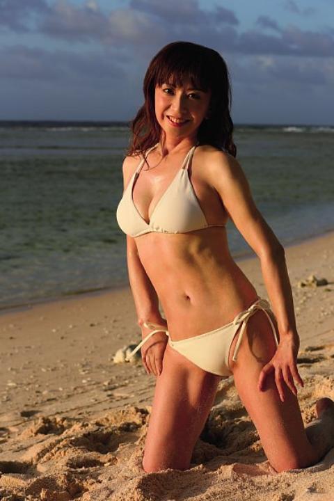 大場久美子のパンチラエロ画像