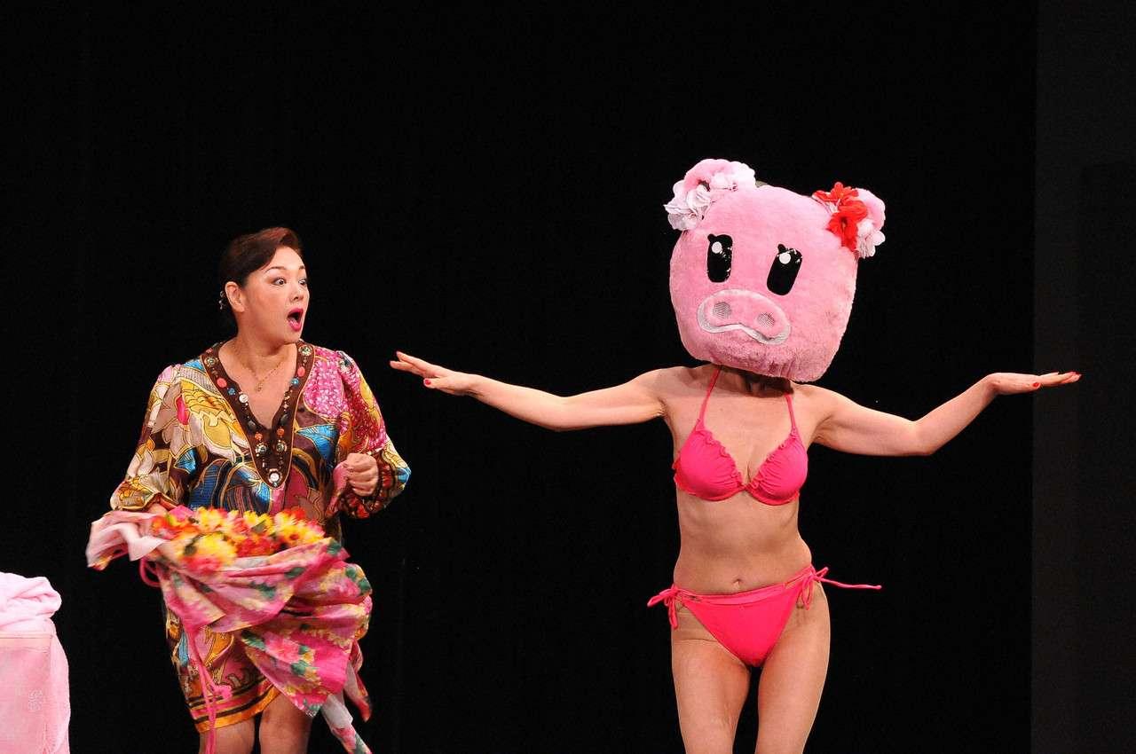 大場久美子の乳首ポロリ画像