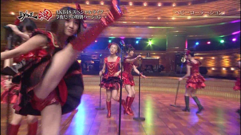 大島優子のセクシー水着エロ画像が放送事故