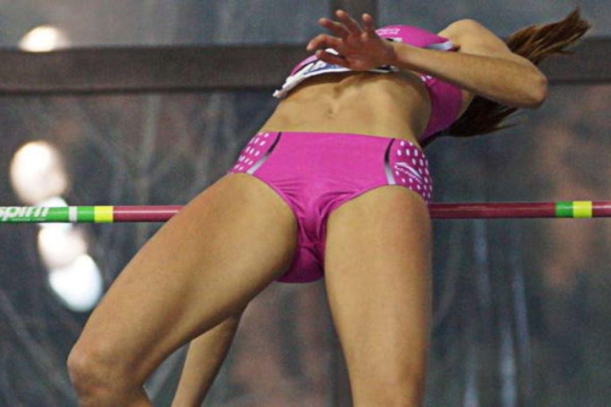 棒高跳びのセックスエロ画像