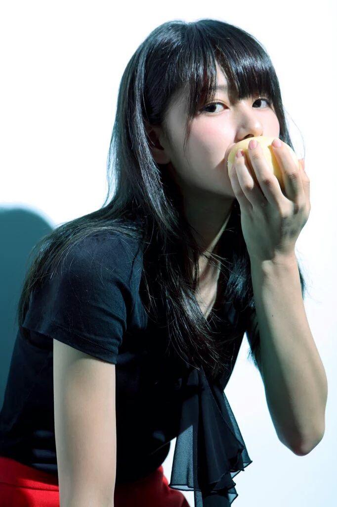 桜井日奈子の乳首