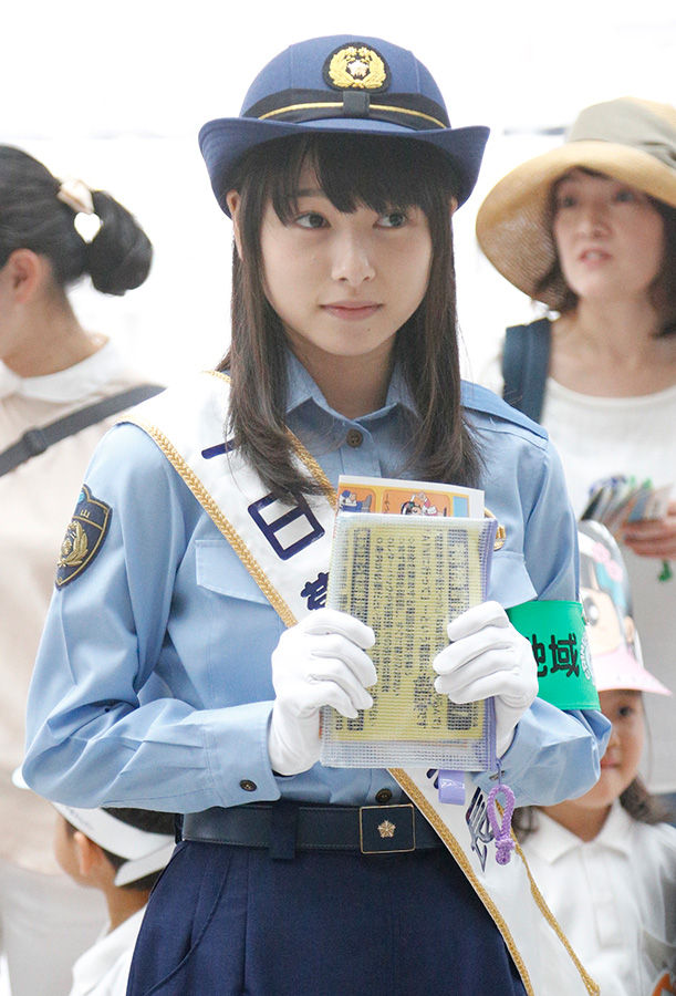 桜井日奈子のおっぱい乳揉みエロ画像