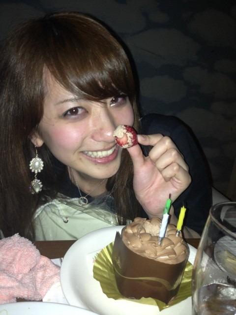 笹崎里菜のおっぱいエロ画像