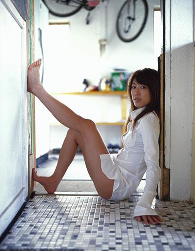 里田まいのセックスエロ画像
