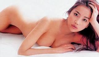 佐藤江梨子のヌード乳首エロ画像
