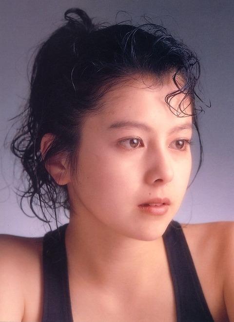 沢口靖子のお宝エロ画像