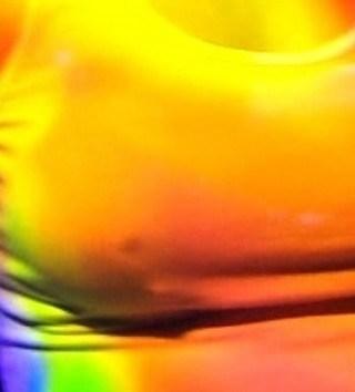 椎名林檎の乳首ポロリ画像