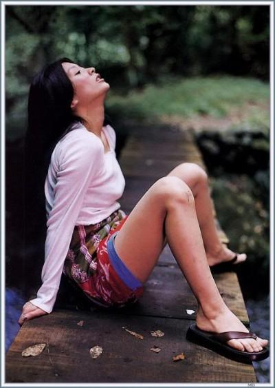 篠原涼子のお宝エロ画像